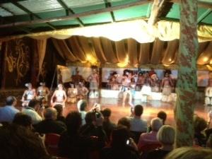 Kari Kari dancers